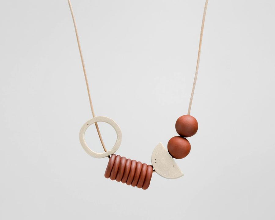 مواد جایگزین در ساخت جواهرات مدرن و ضایعات جامد