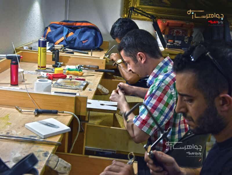 کلاس های آموزش جواهرسازی و طلا